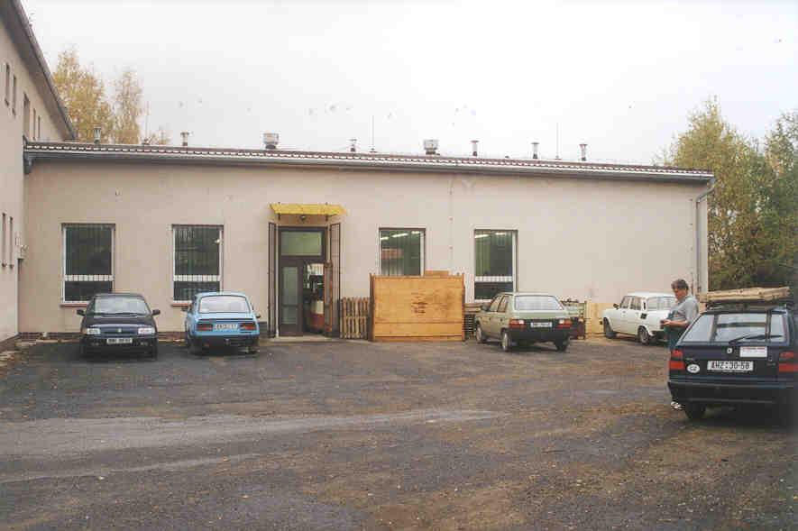 Rekonstrukce strojní dílny pro Polovodiče Praha v Hořicích