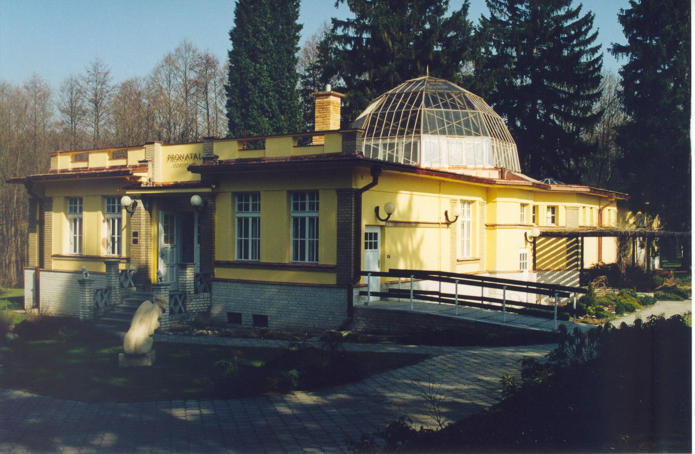 Montáž elektroinstalace VZT v budově Pronatalu, Praha 4